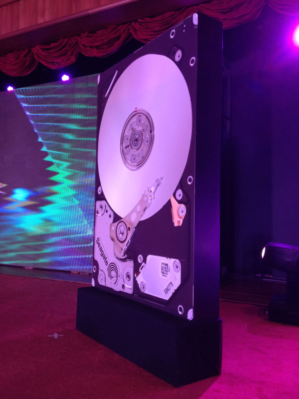 Seagate Launching Gimmick 1