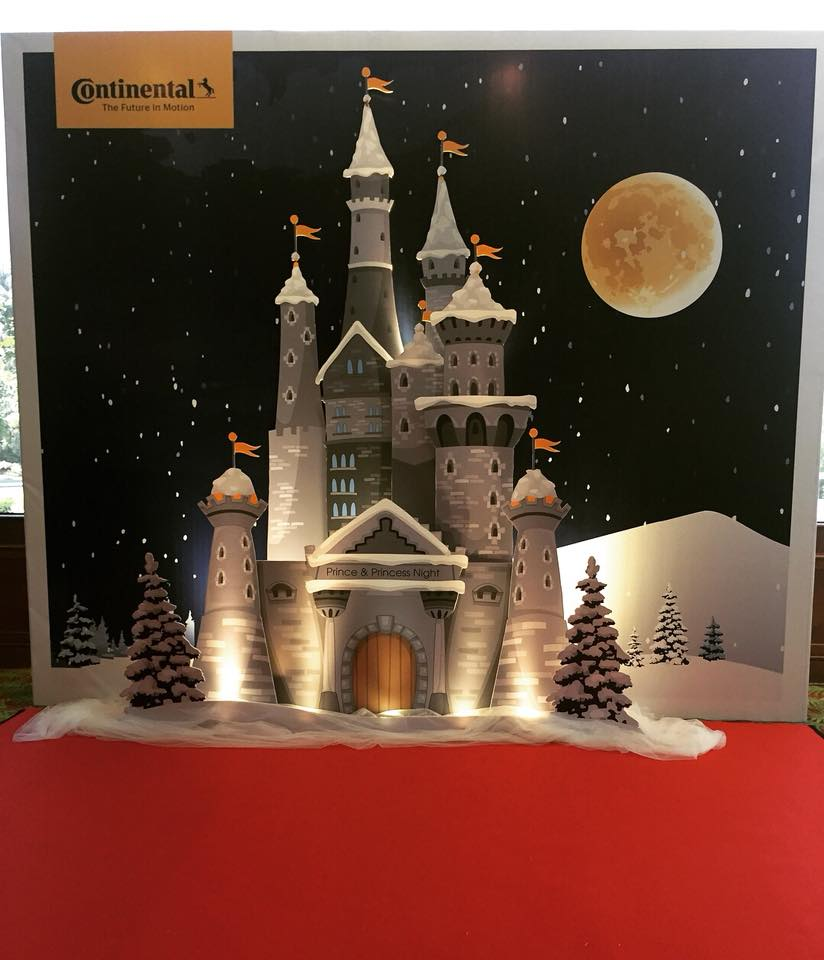 Continental Photo Booth
